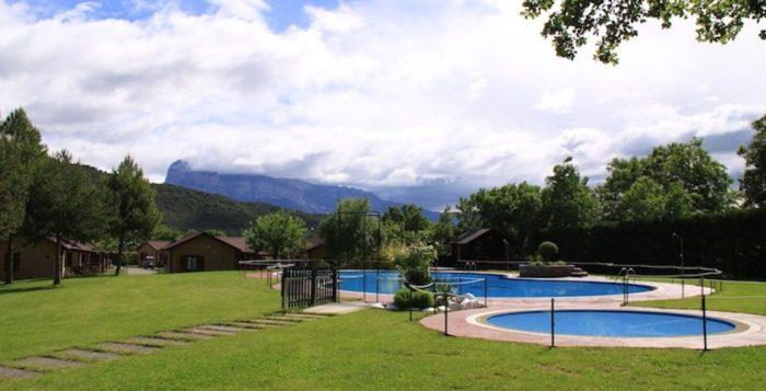 piscina-camping-boltana