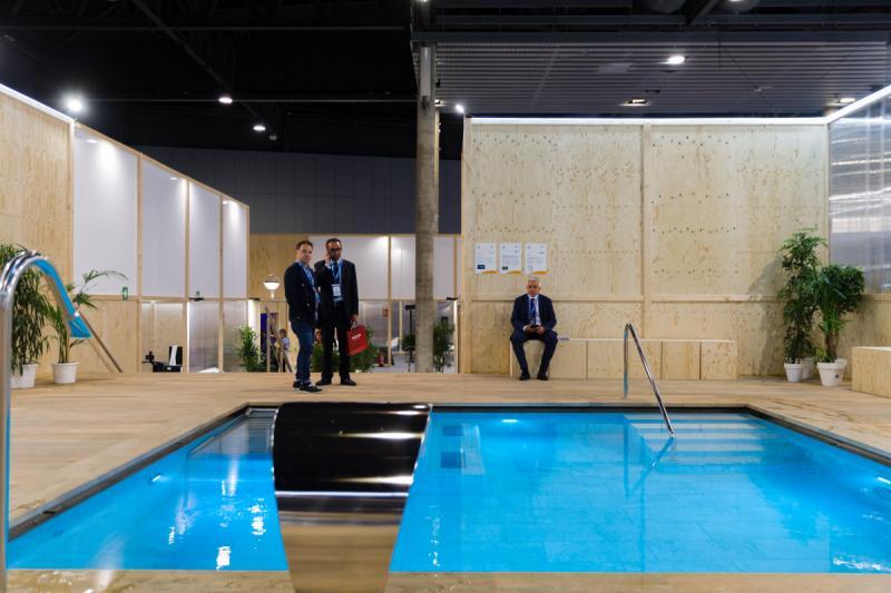 salon-piscina